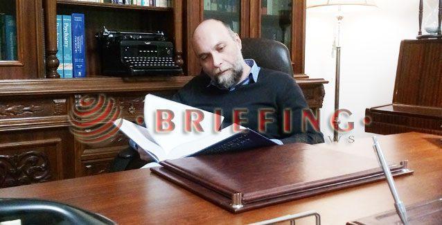 Περί πολλών παρά περί πολλού | Συνέντευξη του ψυχοθεραπευτή Ευάγγελου Κατσιούλη στο BriefingNews.gr